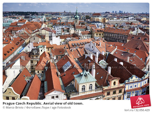 Prague Czech Republic. Aerial view of old town. Стоковое фото, фотограф Marco Brivio / age Fotostock / Фотобанк Лори