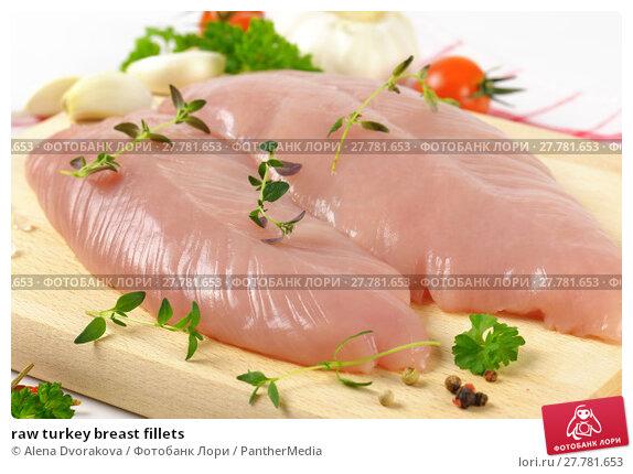 Купить «raw turkey breast fillets», фото № 27781653, снято 26 июня 2019 г. (c) PantherMedia / Фотобанк Лори