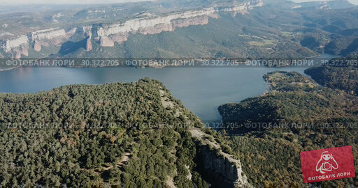 Купить «Scenic panoramic view from high point of Sau reservoir, Catalonia, at autumn day», видеоролик № 30322705, снято 17 ноября 2018 г. (c) Яков Филимонов / Фотобанк Лори