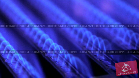 Купить «Синее пламя газовой горелки», видеоролик № 3064921, снято 23 октября 2010 г. (c) Дмитрий Наумов / Фотобанк Лори