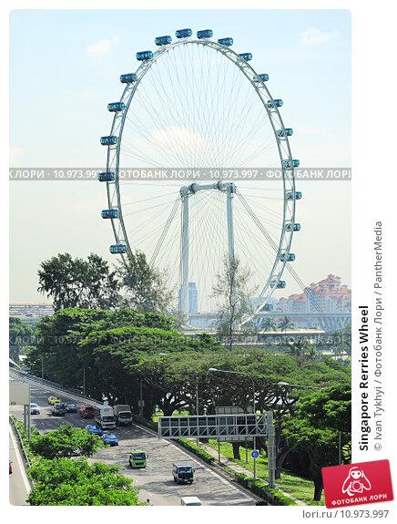 Купить «Singapore Rerries Wheel», фото № 10973997, снято 22 января 2019 г. (c) PantherMedia / Фотобанк Лори