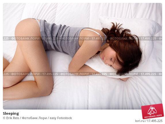 Молоденькие спящие смотреть порно