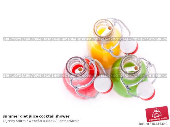 summer diet juice cocktail shower. Стоковое фото, фотограф Jenny Sturm / PantherMedia / Фотобанк Лори