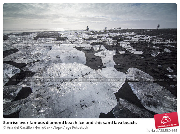 Купить «Sunrise over famous diamond beach Iceland this sand lava beach.», фото № 28580665, снято 18 марта 2018 г. (c) age Fotostock / Фотобанк Лори