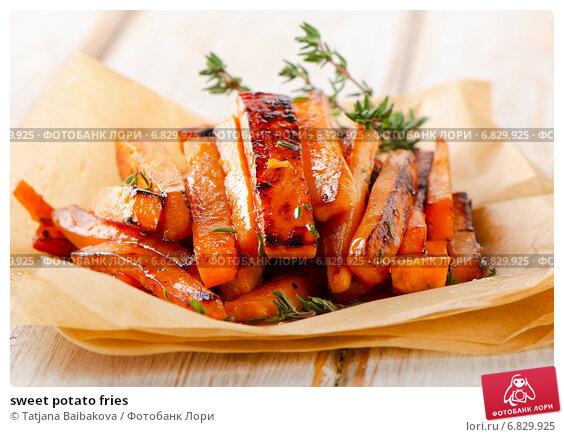 Купить «sweet potato fries», фото № 6829925, снято 5 декабря 2014 г. (c) Tatjana Baibakova / Фотобанк Лори