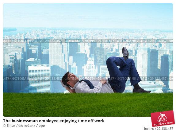 Купить «The businessman employee enjoying time off work», фото № 29138457, снято 24 октября 2018 г. (c) Elnur / Фотобанк Лори