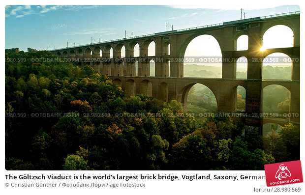 Купить «The Göltzsch Viaduct is the world's largest brick bridge, Vogtland, Saxony, Germany», фото № 28980569, снято 30 сентября 2017 г. (c) age Fotostock / Фотобанк Лори