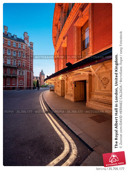 The Royal Albert Hall in London, United Kingdom. Стоковое фото, фотограф Zoonar.com/DAVID HERRAEZ CALZADA / easy Fotostock / Фотобанк Лори
