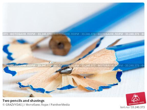 Купить «Two pencils and shavings», фото № 33240373, снято 10 июля 2020 г. (c) PantherMedia / Фотобанк Лори