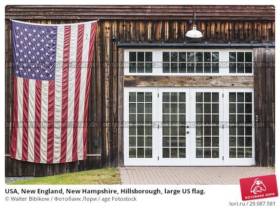 Купить «USA, New England, New Hampshire, Hillsborough, large US flag.», фото № 29087581, снято 1 ноября 2017 г. (c) age Fotostock / Фотобанк Лори