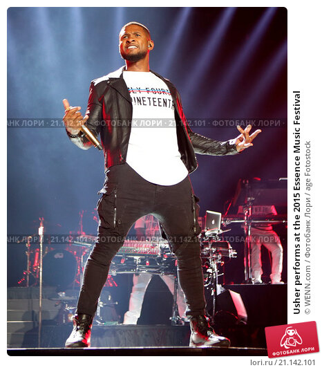Usher performs at the 2015 Essence Music Festival Featuring: Usher Where: New Orleans, Louisiana, United States When: 06 Jul 2015 Credit: WENN.com, фото № 21142101, снято 6 июля 2015 г. (c) age Fotostock / Фотобанк Лори
