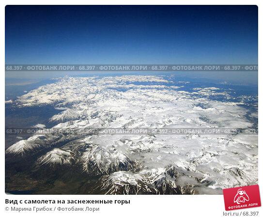 Вид с самолета на заснеженные горы, фото № 68397, снято 23 мая 2006 г. (c) Марина Грибок / Фотобанк Лори