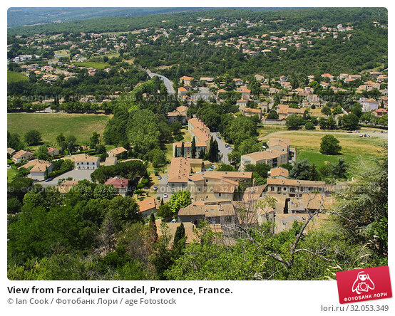 View from Forcalquier Citadel, Provence, France. Стоковое фото, фотограф Ian Cook / age Fotostock / Фотобанк Лори