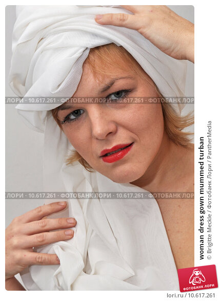 woman dress gown mummed turban. Стоковое фото, фотограф Brigitte Meckle / PantherMedia / Фотобанк Лори