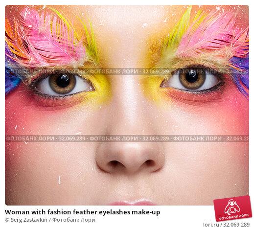 Woman with fashion feather eyelashes make-up. Стоковое фото, фотограф Serg Zastavkin / Фотобанк Лори