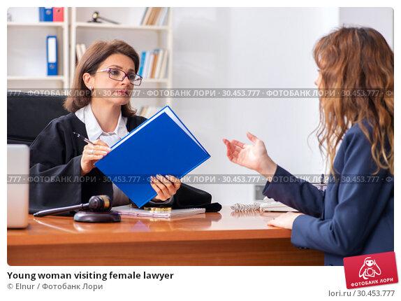 Young woman visiting female lawyer. Стоковое фото, фотограф Elnur / Фотобанк Лори