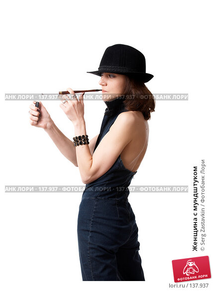 Женщина с мундштуком, фото № 137937, снято 19 апреля 2007 г. (c) Serg Zastavkin / Фотобанк Лори